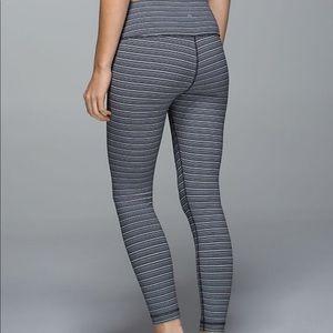 Lululemon High Times Pant. Size 6